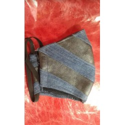 dark grey dark jeans...
